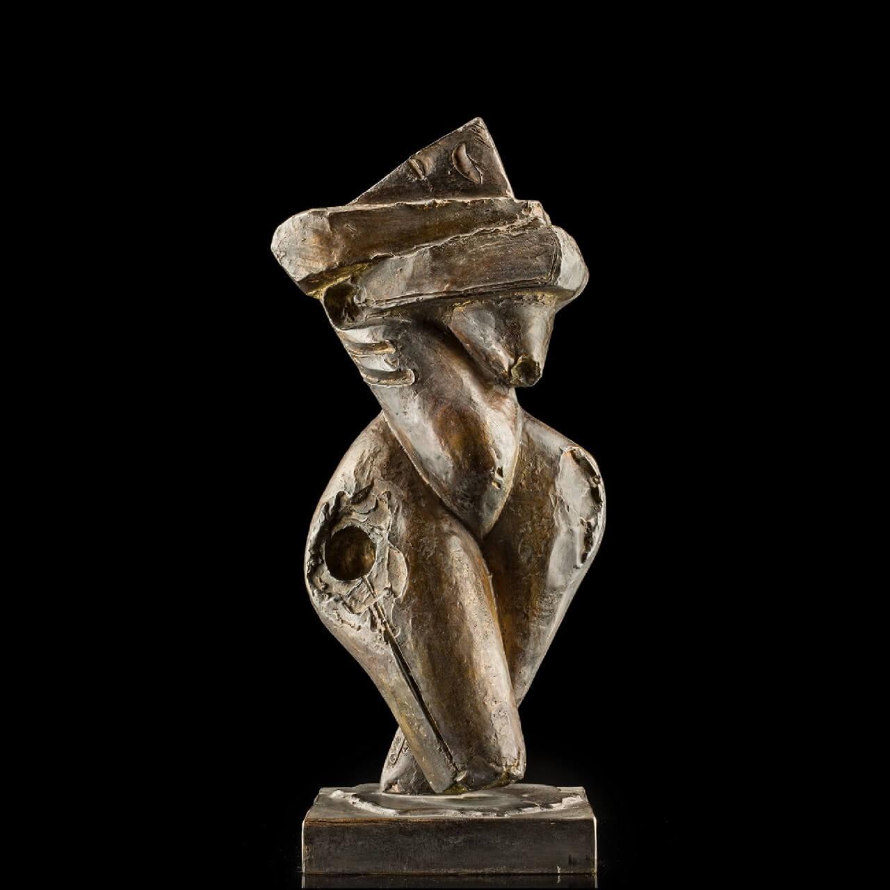 mario pavesi italian sculptur painter bronze maternity female figure