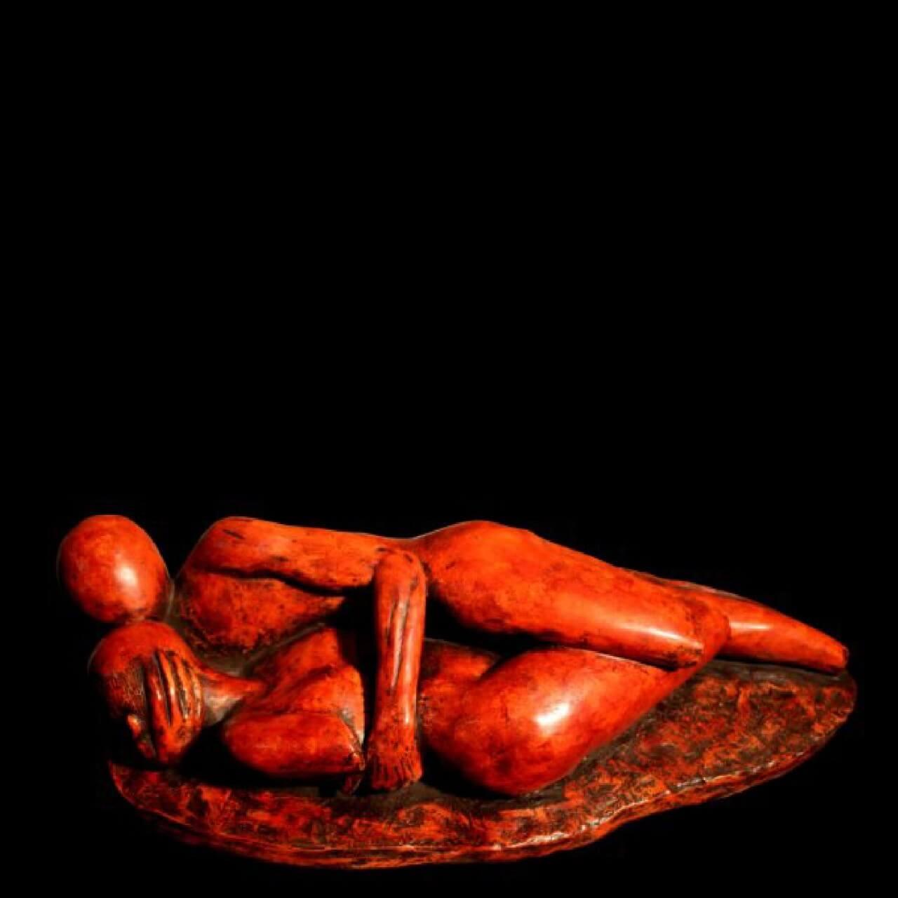mario pavesi italian sculptur painter bronze reclined figure