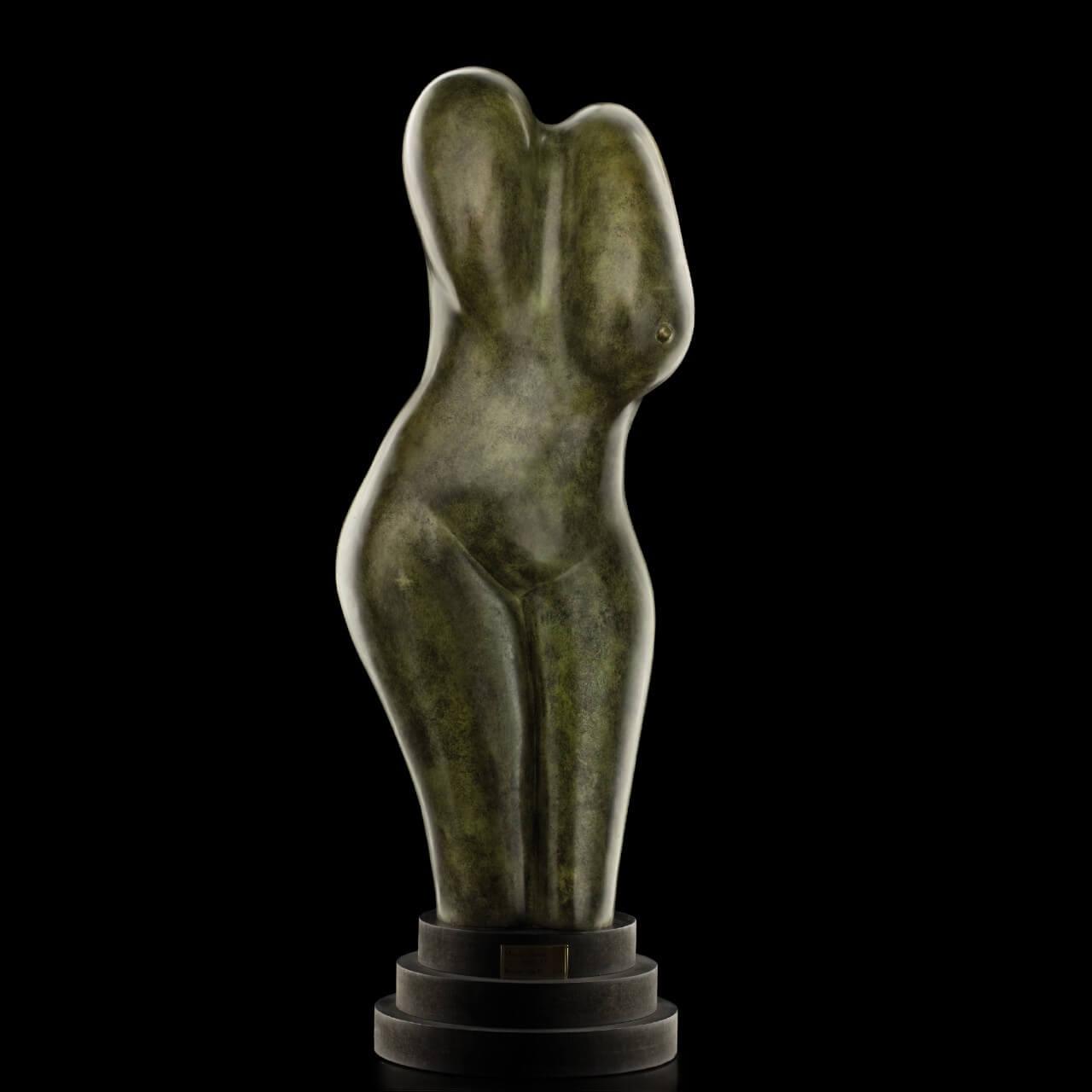 scultura bronzo Mario Pavesi artista reggiano arte corpo femminile