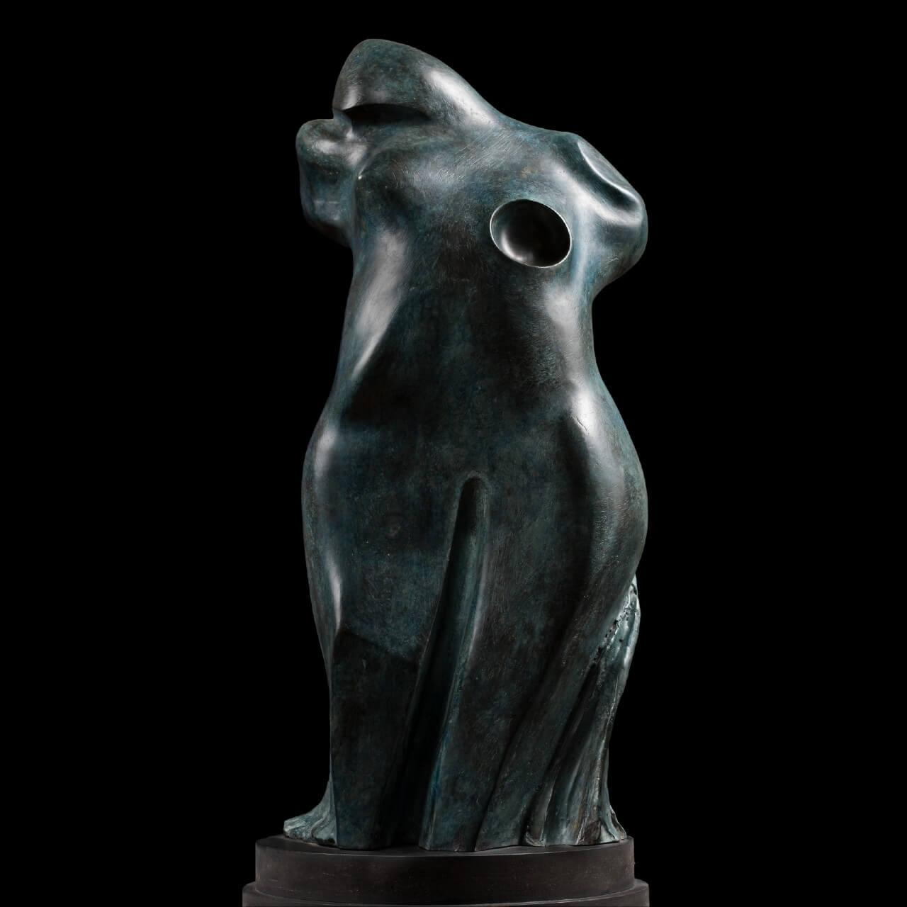 mario pavesi italian sculptur painter bronze female figure shakespeare