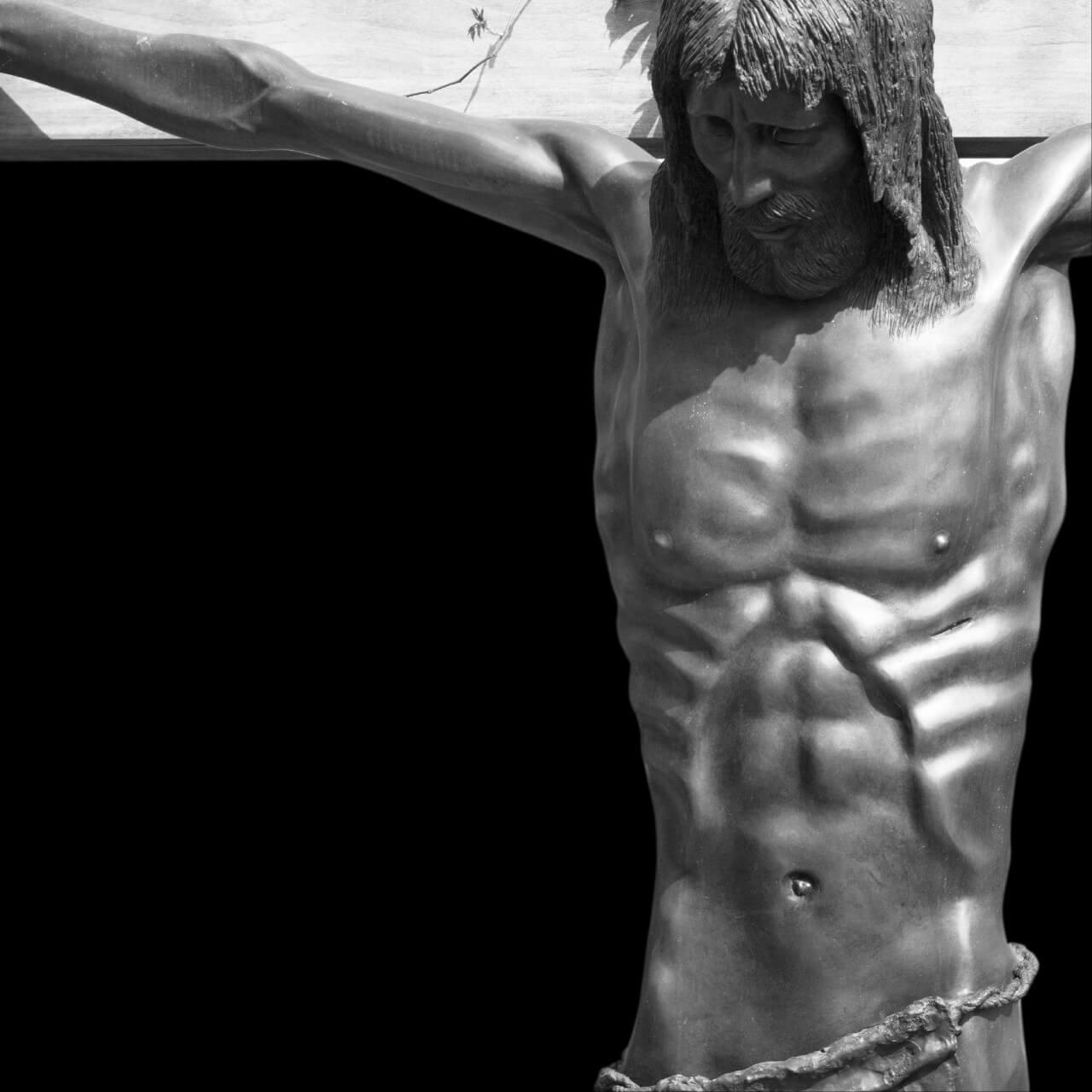mario pavesi italian sculptur painter Christ on cross